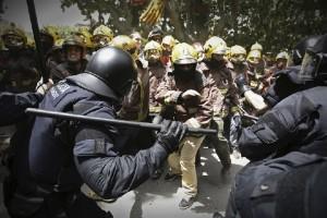 スペインデモ